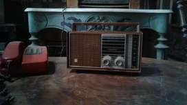 Radio jadul Cawang NT-326