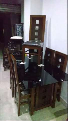 Get special discount on Dining table set