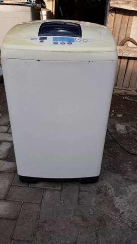 Dijual mesin cuci 1 tabung