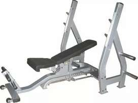 Gym for lease with all imported equipments. Good buisiness opportunity