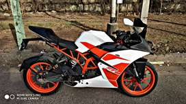Ktm RC 200 only 6800km run mint condition
