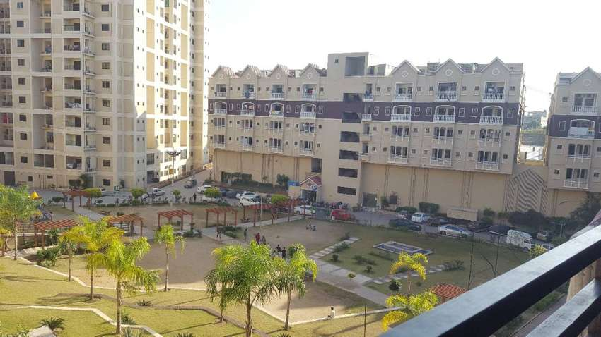 Best Location 3 Bed Apartment for Sale 0