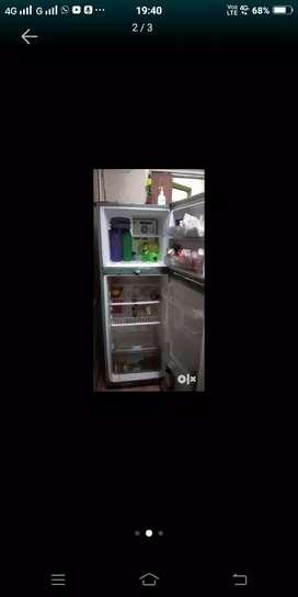 Double door 8years old sumsung fridge