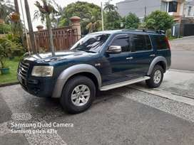 Ford everest 2.5 TDCI solar atomatic