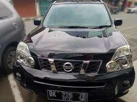 Dijual Nissan X-trail 2011 matic 2.0