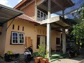Dijual Rumah plus Kos 6 Kamar di Pagutan