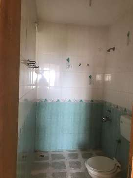 Sea visible from 2 balconies, good condition,Airy,Kitchen done up