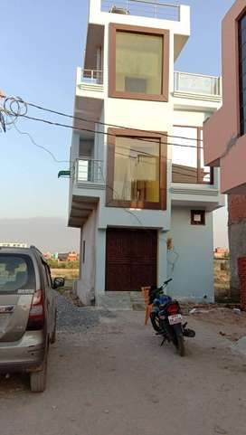 Independent house for sale in NH- 24 ghaziabad