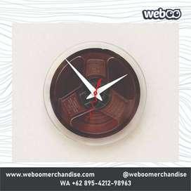 Harga jam dinding custom Terbaik - Souvenir & Pesta