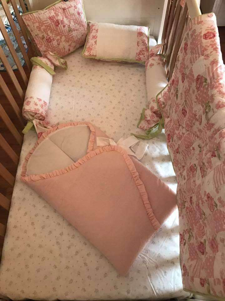 EMBROIDERED BABY NEST**NEW** 0
