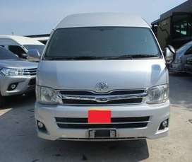 Toyota Hiace on easy monthly installments