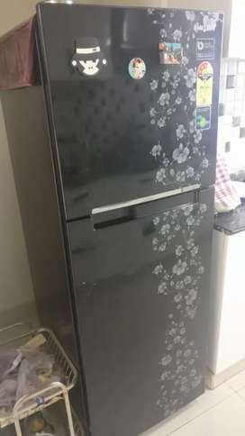 Samsung 253 litre Refrigerator almost new condition