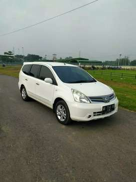 Grand Livina th 2012 XV Ab Slmn Istimewa