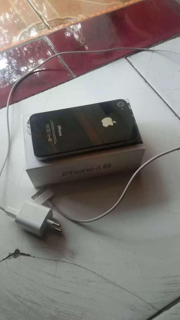 Di jual iphone 4 s 0
