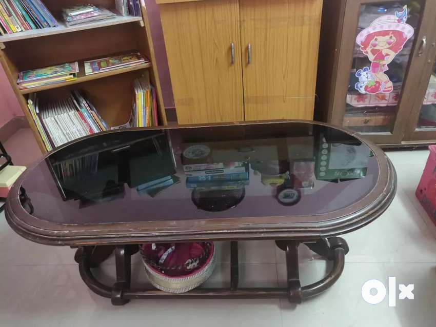 Glass Fitted Centre Table in Excellent Condition only for Rs 2500 0