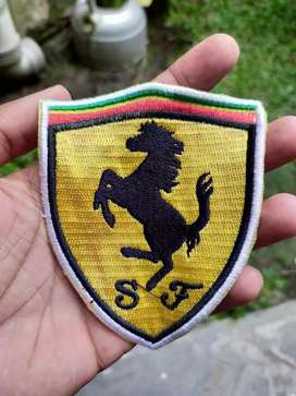 Emblem Bordir Patch Tempelan Logo Scuderia Ferrari