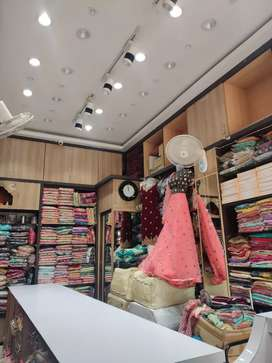 This is a shop in Choudhury bazar in front of Gouri shankar park .