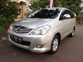 Toyota Innova 2.0 G automatic