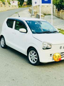 full option car like fresh car evry thing is new tyre rim body sets