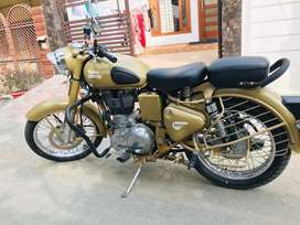500cc machine. Excellent condition Desert storm Royal Enfield. UK 17