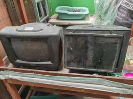 Monitor dan tv bekas