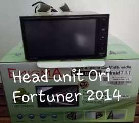 Head unit Ori Toyota Fortuner 2014 masih sperti baru