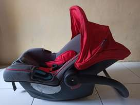 Carseat Baby Carier COCOLATTE Preloved
