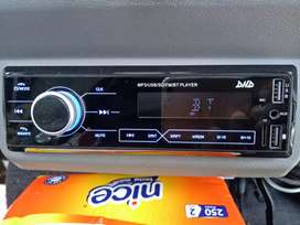 100% Baru tape/audio mobil multimedia mp3 usb FM microSD bluetooth aux