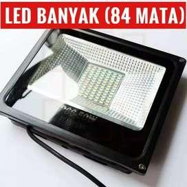 Lampu Sorot LED 50 watt dengan jumlah mata banyak