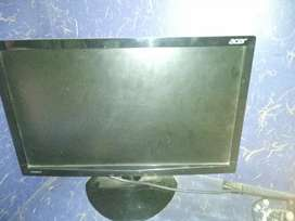 18 inches Monitor