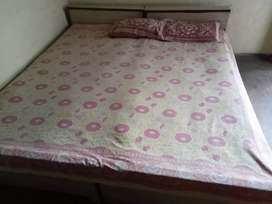 Selling double bed