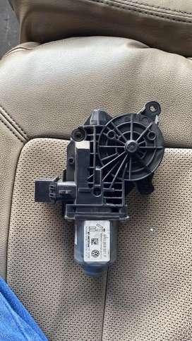 Vento polo left side power window motor
