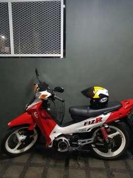 Yamaha F1ZR Merah 2002, repaint malrboro look