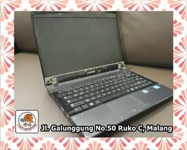 #4R Laptop Samsung 300E4C