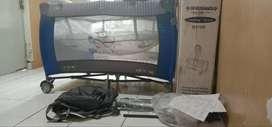 Tempat tidur bayi Creative Baby Rocking Playard B818R JUAL MURAH