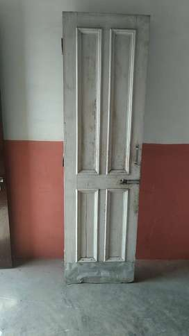 Wooden doors are available in good condition at throw away prices.