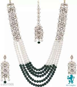 Elegent pearl jewellery set