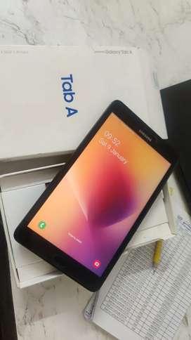 """Samsung Tab A calling 4G 8"""" inches 2gb ram 16gb rom"""