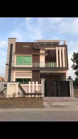 House for rent 7 marla