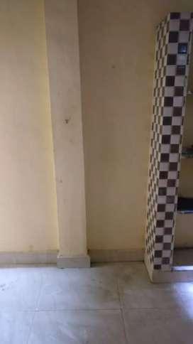 1st floor flat lease 24hr bore water