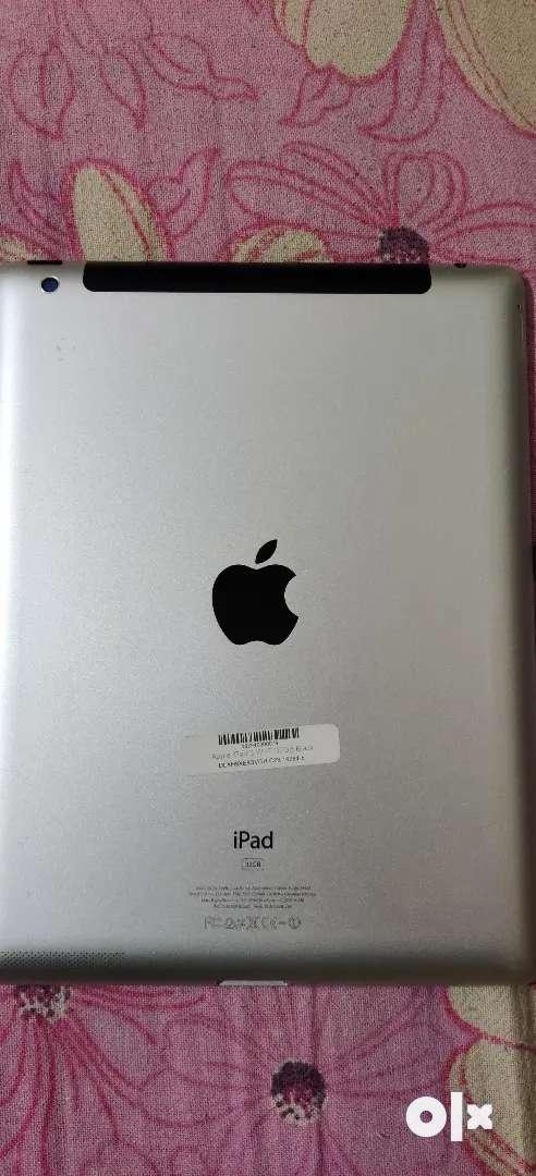 Apple i pad 3 WiFi 32 GB 0
