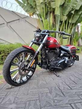 Harley Davidson Softail Breakout 2013 FP