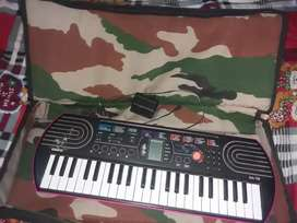 I am selling my casio any one who buys my casio contact me