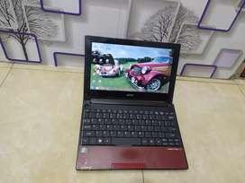Netbook acer dg ram 2gb,dilengkapi 4CPus,siap pakai