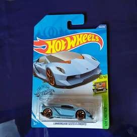 Hotwheels Lamborghini sesto elemento