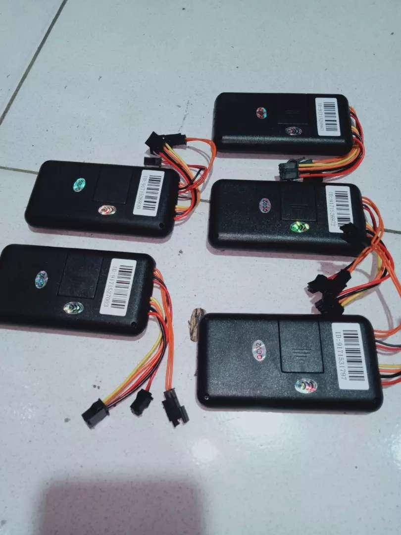 Gps tracker vitur lengkap untuk memantau mobil anda