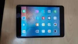 iPad mini 2 / 32gb / space grey