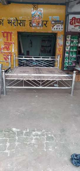 Beds  5/7,6/7 steel palang new