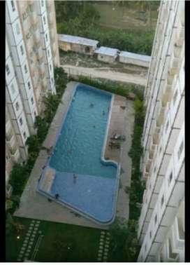 Malioboro City Lantai 7 hadap kolam renang kosongan