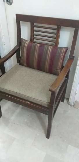 4 seater with  table